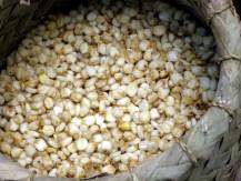 11.9 boiled corn in basket