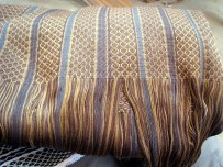 5.4 cloth with fringe ready to be knotted