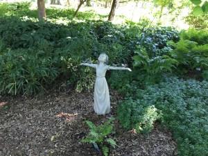tweety statue