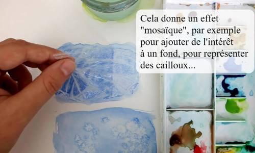 Du film plastique pour des effets de texture à l'aquarelle