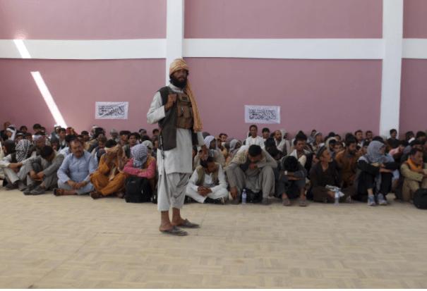 Pasukan Taliban Menguasai Penduduk Afghanistan