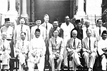 Cabinet_of_Malaya,_1955-800px
