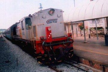 kereta_api-800px
