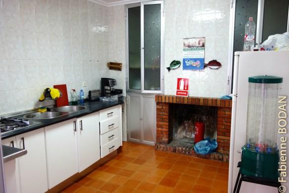La cuisine, où l'on peut préparer son repas. © Fabienne Bodan