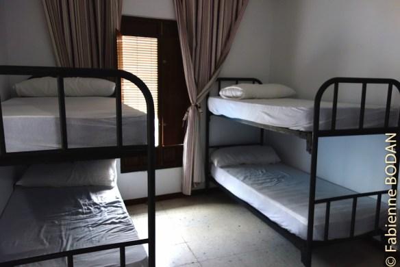Les chambres contiennent de 2 à 5 lits. © Fabienne Bodan