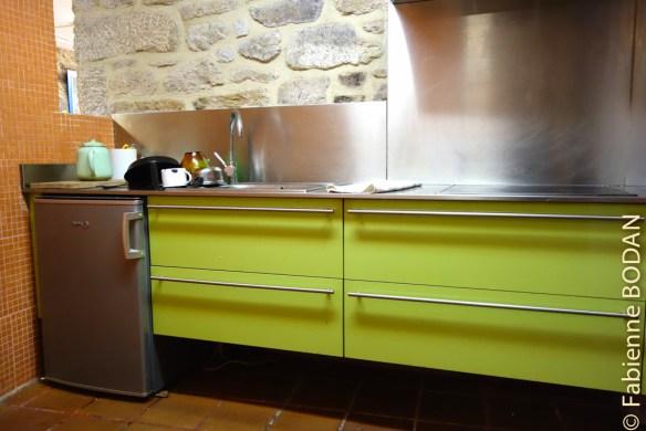 La cuisine, mais qui n'est pas un exemple de propreté (du moins lors de notre passage)...© Fabienne Bodan
