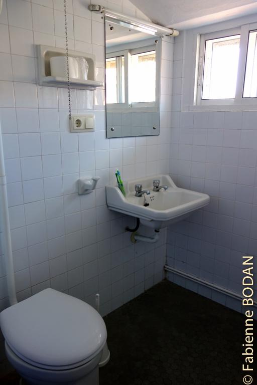 La salle de bains privative, un luxe pour les pèlerins habitués des auberges...© Fabienne Bodan