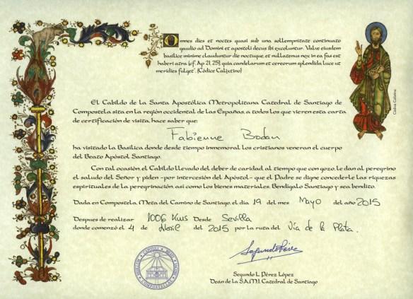 Certificat de distance parcourue et indication de la voie compostellane empruntée, remis par le bureau des pèlerins de Santiago de Compostela.