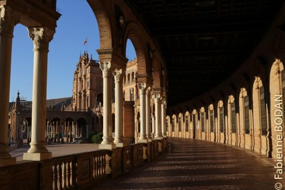 La majestueuse Plaza de España de Séville, à ne pas manquer avant le départ. © Fabienne Bodan