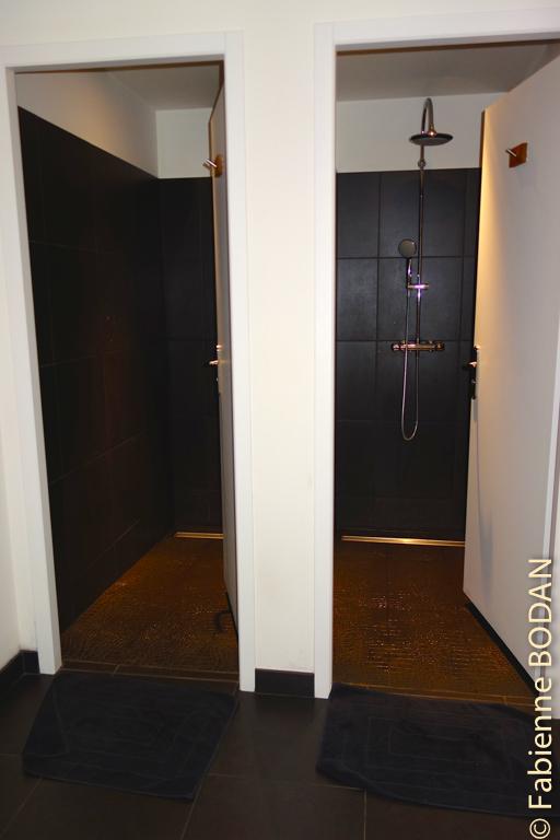 En bas, les sanitaires, tout neufs...© Fabienne Bodan
