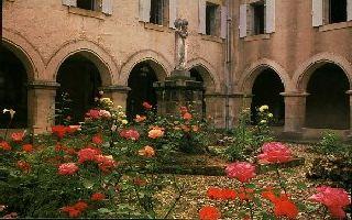 Le cloître du Carmel de Figeac © Site internet du Carmel