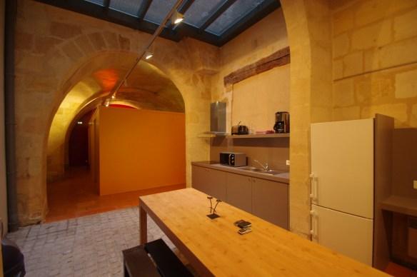 La cuisine-salle à manger de la maison du pèlerin de Bordeaux © Association Bordeaux-Compostelle