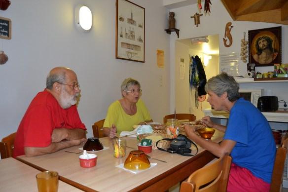 Bernard et Michelle, hospitaliers à Kaserna, septembre 2015