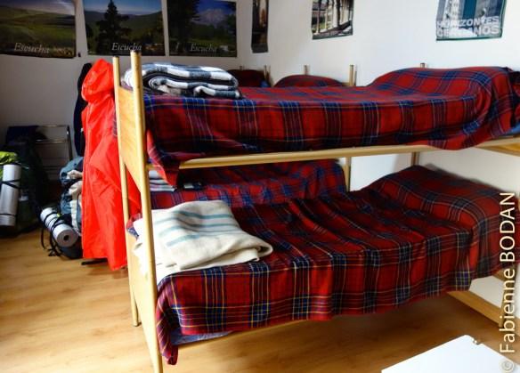 Une seule pièce, dortoir-salon de 6 lits © Fabienne Bodan