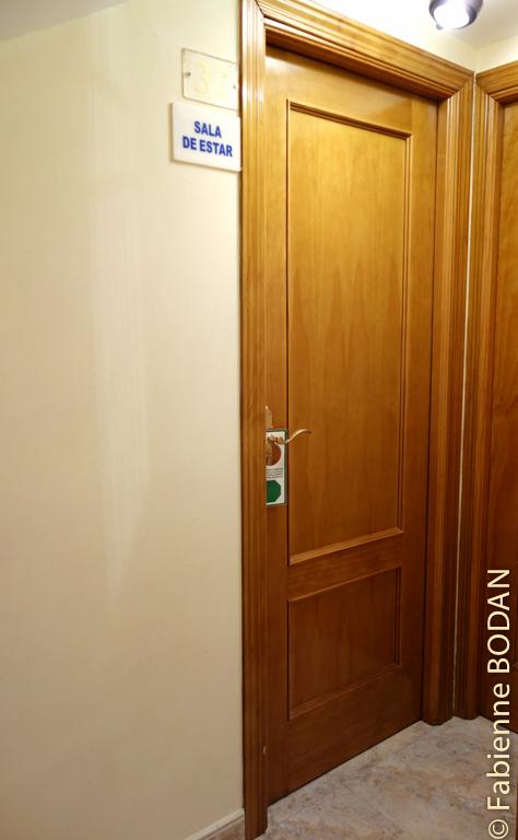 Couloir de l'hostal © Fabienne Bodan