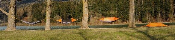 """La """"Flying Tent"""" à la fois hamac, tente et poncho..."""