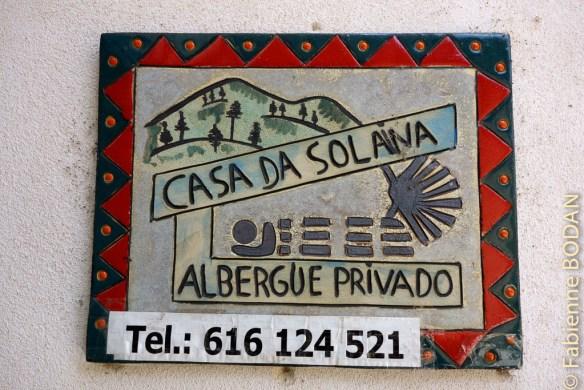 Vous êtes arrivé à la maison de la présidente de l'association du camino del Invierno de Valdeorras, qui met quelques lits à la disposition des pèlerins. Albergue privado A Casa de Solaina, de A Rua (Camino del Invierno) © Fabienne Bodan