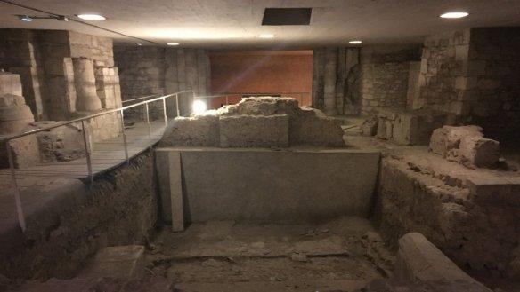 Vestige sous la cathédrale d'Orléans