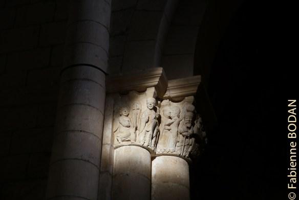 Lumière d'équinoxe au monastère de San Juan de Ortega