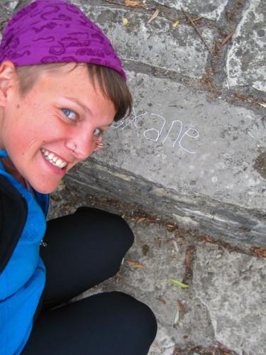 """A 24 ans, Roxane venait de passer 15 mois en Océanie et en Asie du Sud-Est. A une amie lui demandant quelle serait sa prochaine destination, elle s'entendit répondre : """"Saint Jacques de Compostelle"""" ! ©Roxane Bellerose-Morin"""