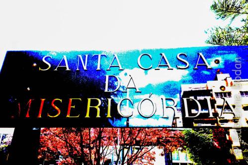Les Santa Casa de Misericordia gèrent des infrastructures pour les personnes modestes. Ici, un hospice pour personnes âgées. Elles accueillent également les pèlerins de Compostelle, et ceux, plus nombreux au Portugal, de Fatima. © Fabienne Bodan