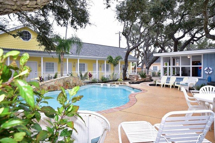 Pelican Bay Pool in Rockport Texas