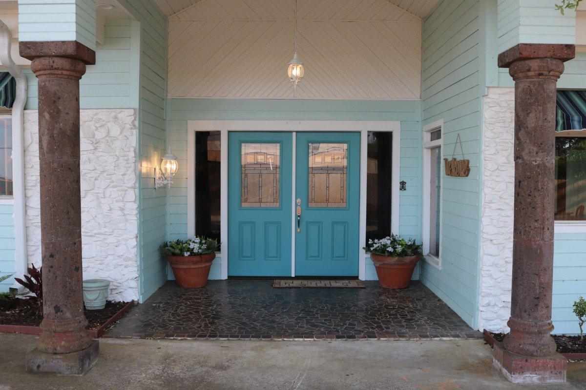 Pelican Bay Cottage Exterior