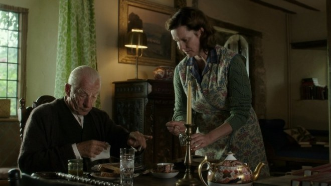 laura_linney_in_mr. holmes-4