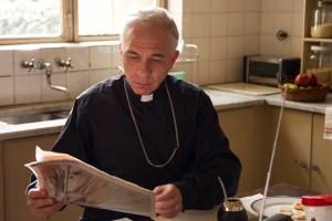 dario grandinetti as Pope Francis