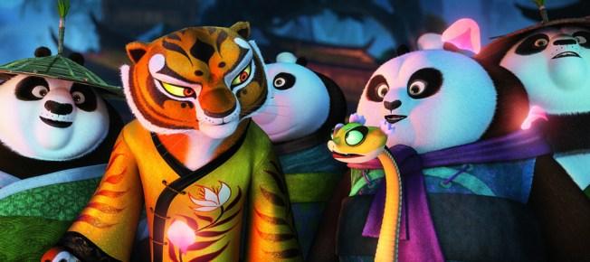 angelina jolie pitt back in KUNG FU PANDA 3 as tigress
