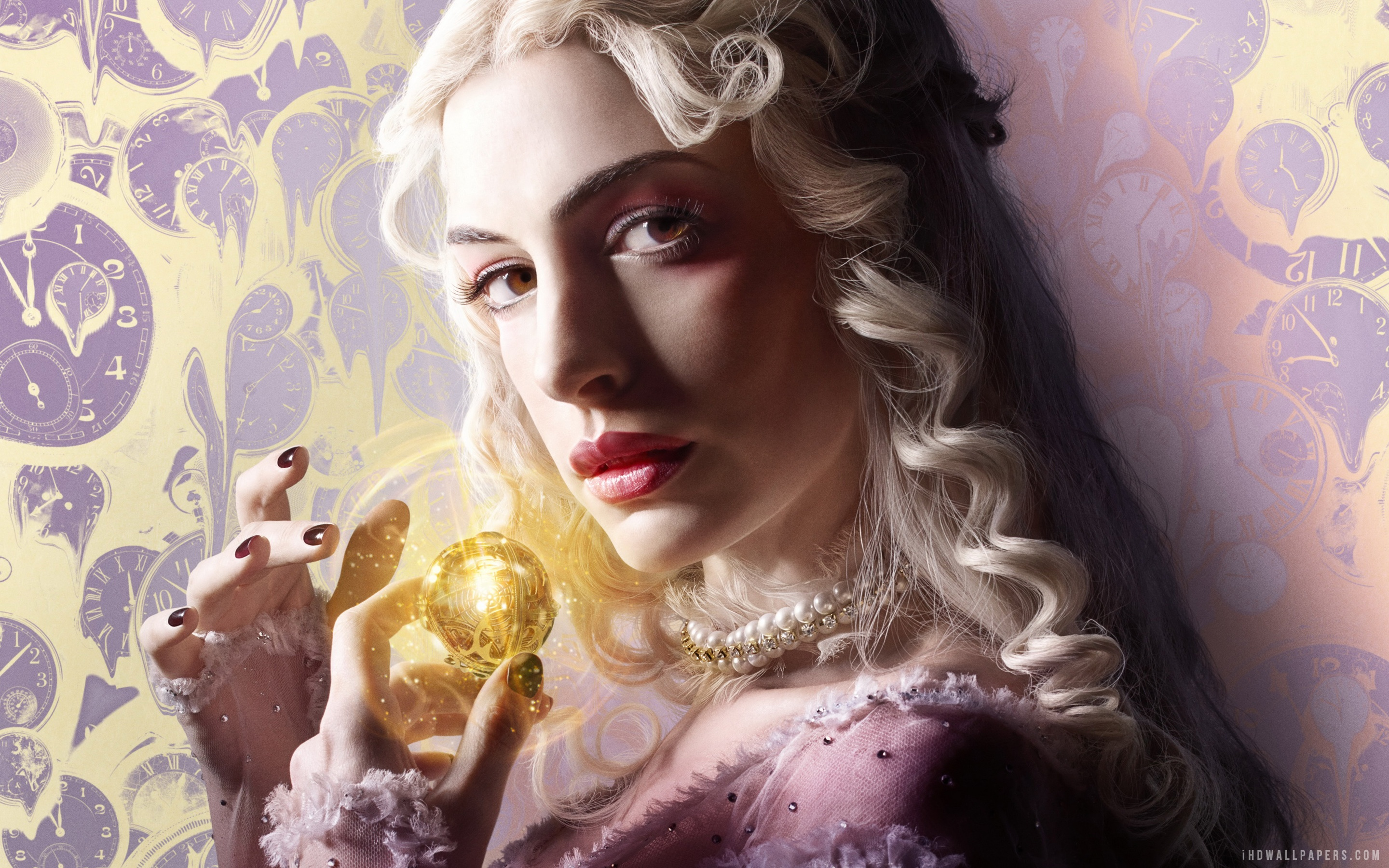 anne_hathaway_alice_through_the_looking_glass-2880x1800