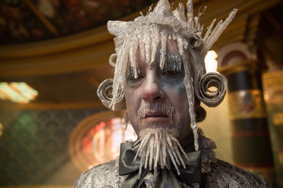 Richard E, Grant is Shiver in Disney's THE NUTCRACKER AND THE FOUR REALMS.