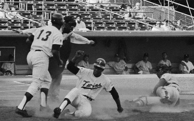 Baseball-Rod-Carew-7th-Steal-home-1969-7-16-2nd-inn