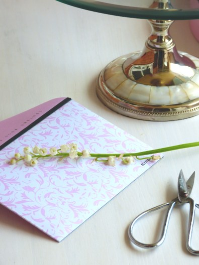 Detalle Tarjeta con Flores
