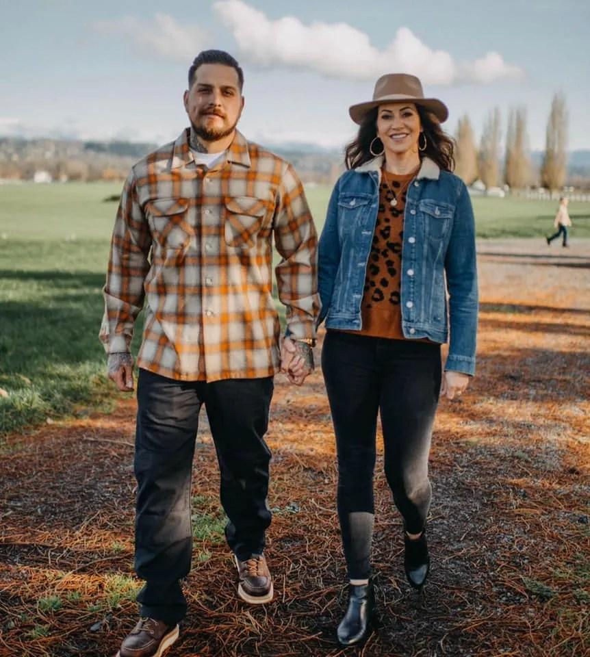 james tarin and coley pemberton tarin owners of pemberton farm weddings in snohomish wa