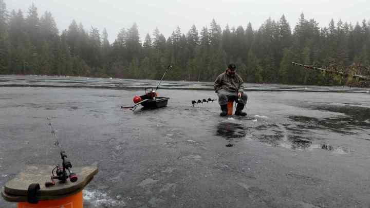 Mosquito Lake Ice fishing