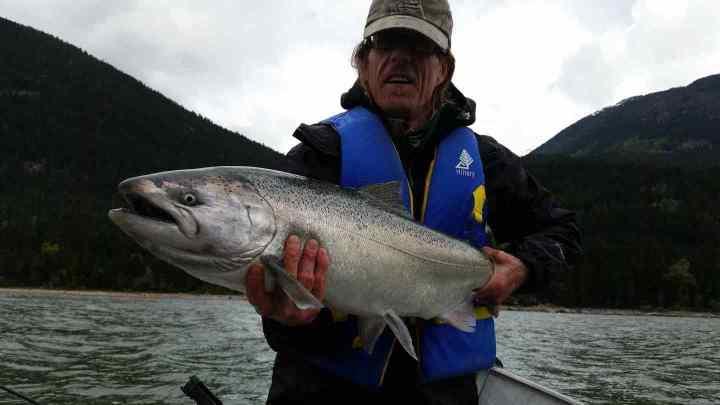 Freshwater Chinook Salmon fishing