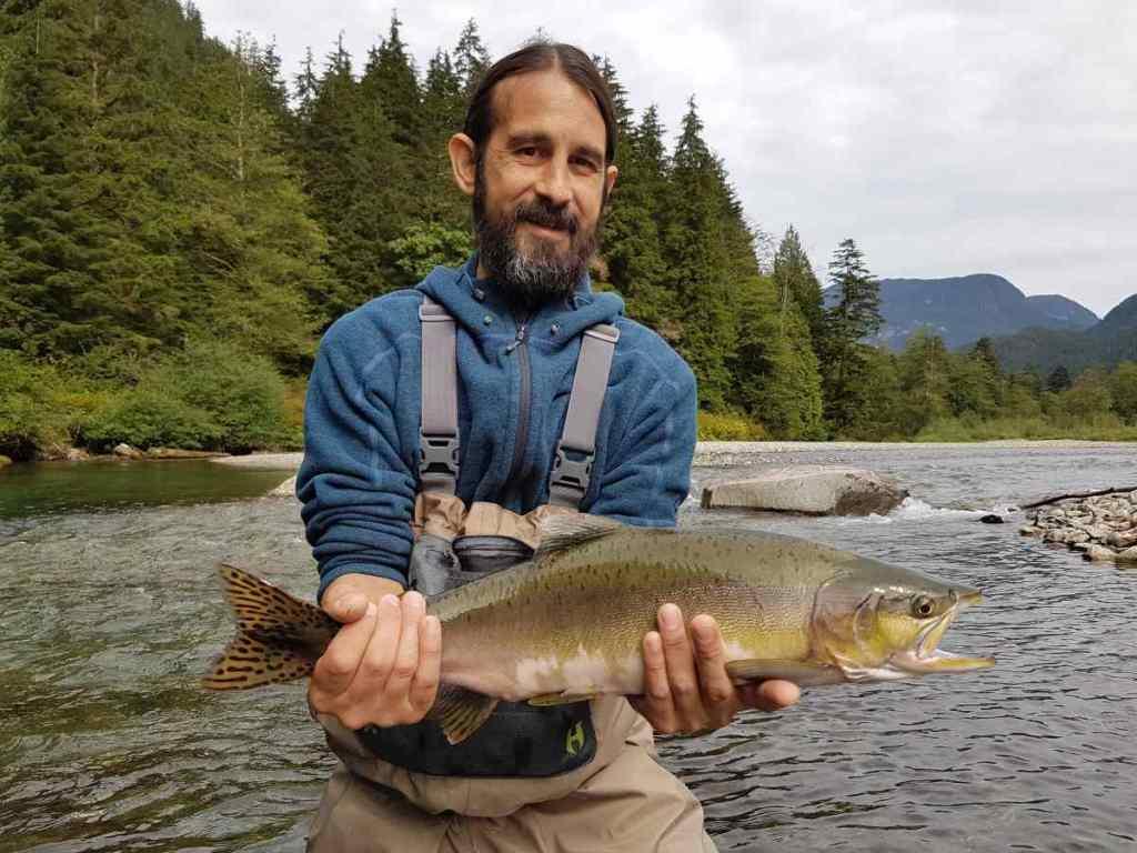 Salmon heli fishing trips in BCCanada