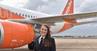 Dünyanın en genç kadın pilotuKate McWilliams