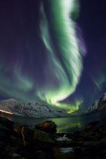 8ea8e25123edc8976b14d8bff81b2e6f--aurora-borealis-northern-lights