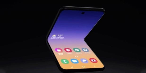 Samsung katlanabilir akilli telefon