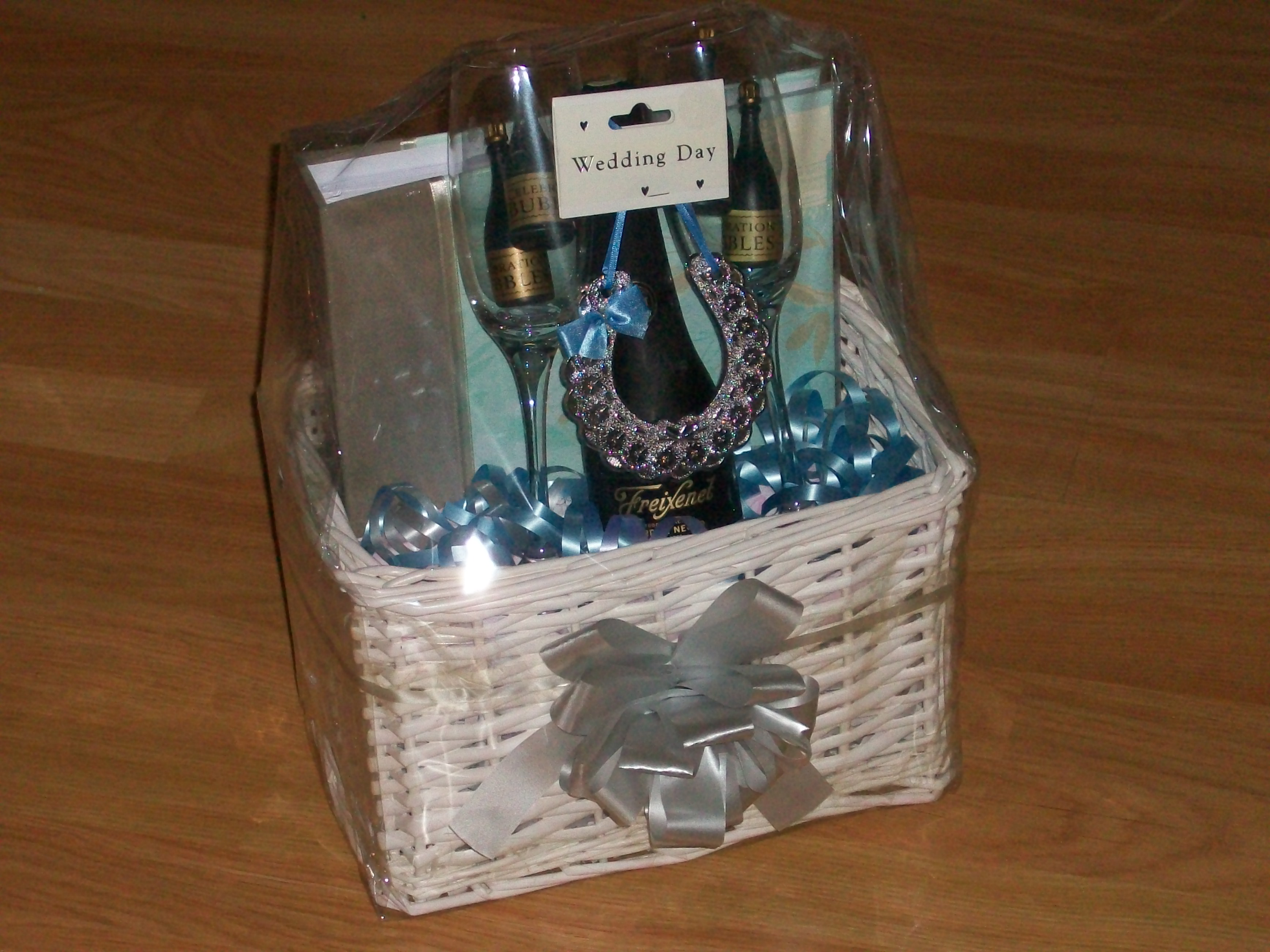 Wedding/engagement Gifts