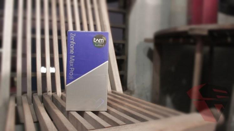review Zenfone Max Pro M1 - Sales Package - Front