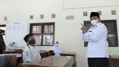 Pak Uu Tinjau PTM di Tasik, Pesannya Gini
