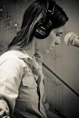 Sera Cahoone performs at the KEXP Studios (Photo by Kyle Johnson)