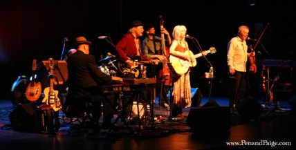 Emmylou Harris and Her Red Dirt Boys in performance.