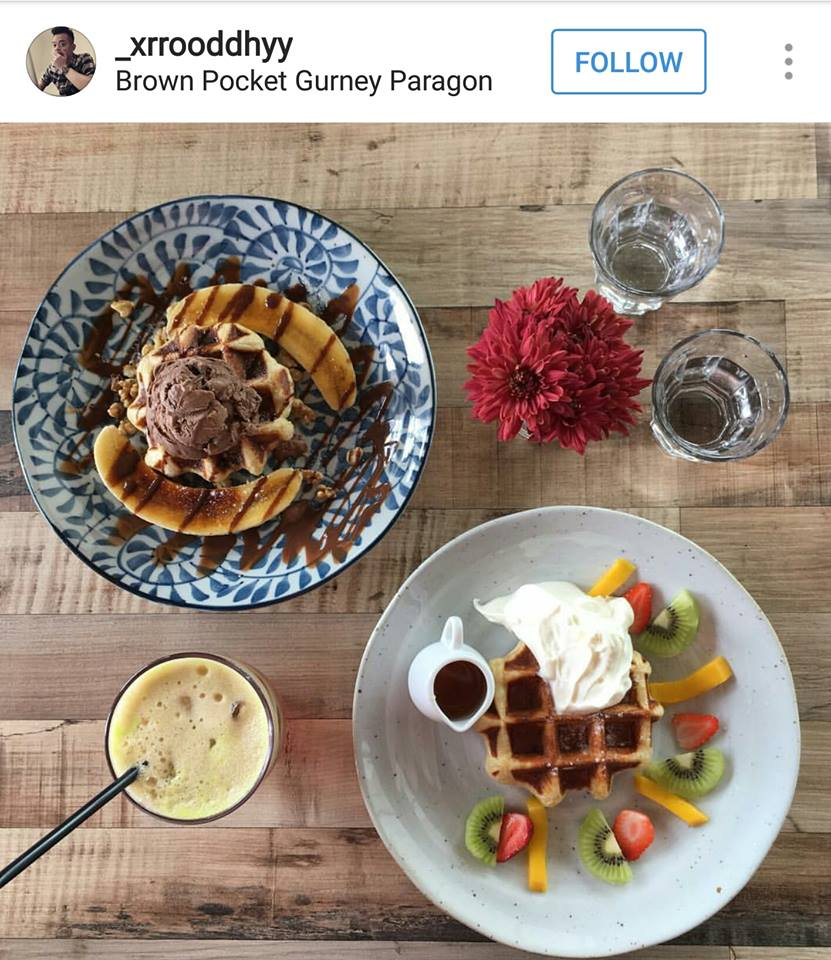 Brown Pocket Gurney Paragon Penang