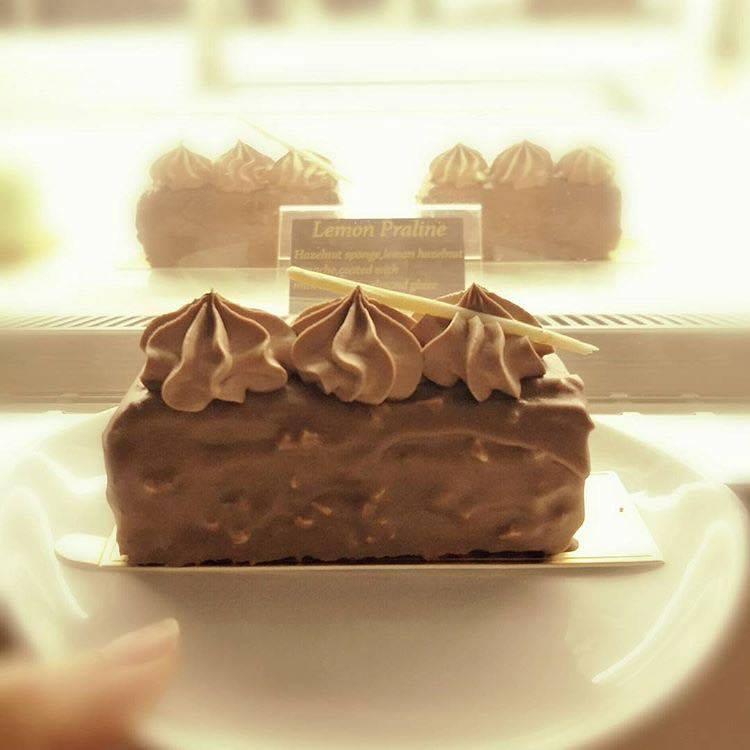 dolce dessert cafe