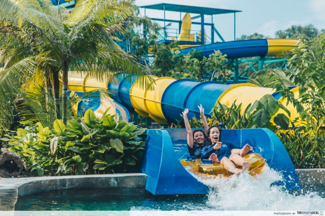 escape theme park water slide