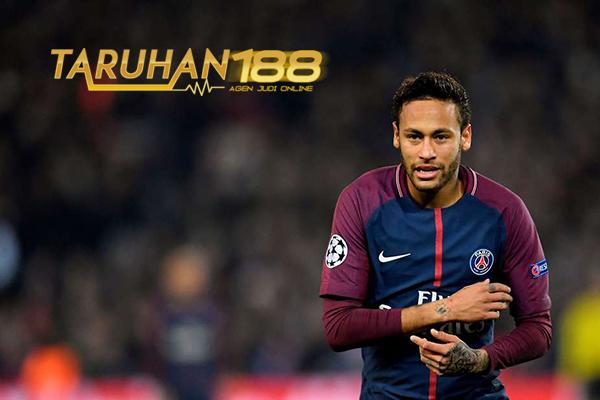 Emery Berikan Pujiannya Untuk Neymar Usai Permalukan Celtic